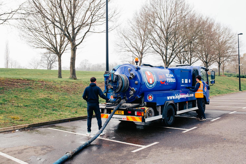 Kent Vacuum drain tanker